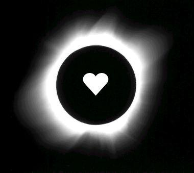 <strong><font size=4>*/ Esperando un eclipse ...</strong></font>